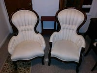 Vintage Victorian chairs a his and hers Allen Park, 48101
