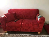 Love seat couch Burnaby, V3N 1H9