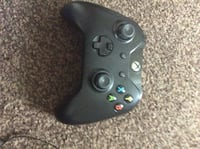 1st edition Xbox one controller (no jack port) Solihull, B90 1NL