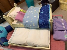 "Like New 18"" American Girl trundle bed in white plus accessories"
