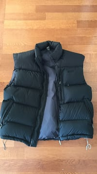 Mountain Equipment Co-Op vest Burnaby, V5C 1L1