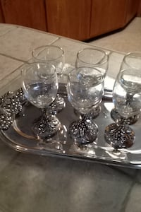 six footed clear wine glasses