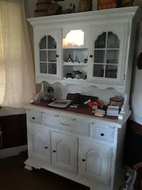 Hutch very good condition all redone Earleville, 21919
