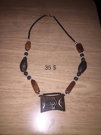 Black and purple necklace with pendant Baltimore, 21236