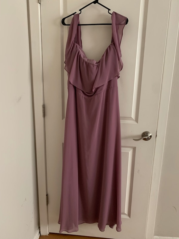 Bill Levkoff Wisteria off-should gown. Size 28, no extra length 3