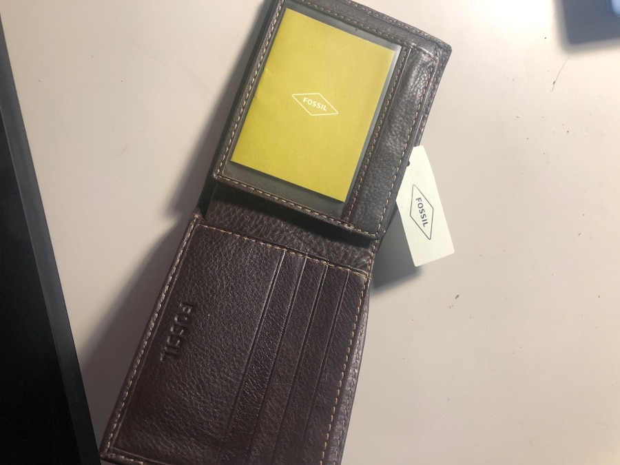 Photo Fossil Leather Wallet