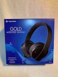 Sony 7.1 virtual surround sound Gold Wireless Stereo PS4/PCheadset Las Vegas, 89142