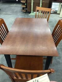 Dining table with 4 chairs  Bradenton, 34207