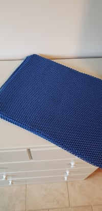 Blue placemats Frederick