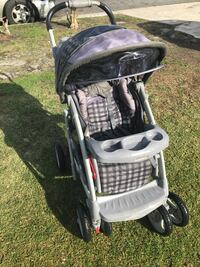 baby's black and gray stroller Los Angeles, 90061