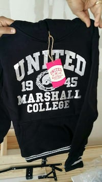 Vit united marshall college sweater Örebro, 703 59