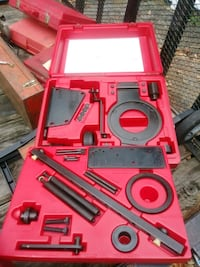 7-10 CASES FORD DEALERSHIP SPECIALTY TOOLS