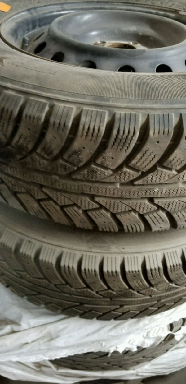 4x Winter Tires (10/32) with rims 215/70/16 8c23be15-5f67-43e0-b96b-c194032aa6fb