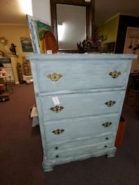 Vintage BASSETT chest of drawers Mount Holly