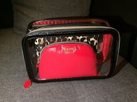 Victoria's Secret cosmetic bags 3-1 Paris, 75001