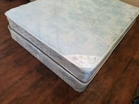 Double mattress +box 70$ pet smoke free. Delivery
