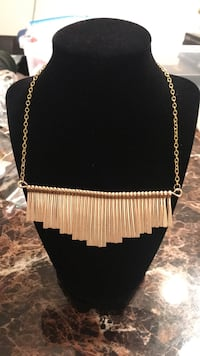 gold-colored link bib necklace Greenfield, 93927