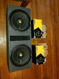 """KICKER COMP 12"""" SUBWOOFERS 1200WATTS IN A VENTED B Bronx, 10470"""
