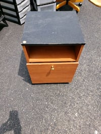 Small brown filing cabinet Alexandria, 22310