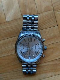 round silver-colored chronograph watch with link bracelet Montréal, H4Z 1A1