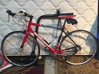 red and black Specialized road bike Knoxville, 37920