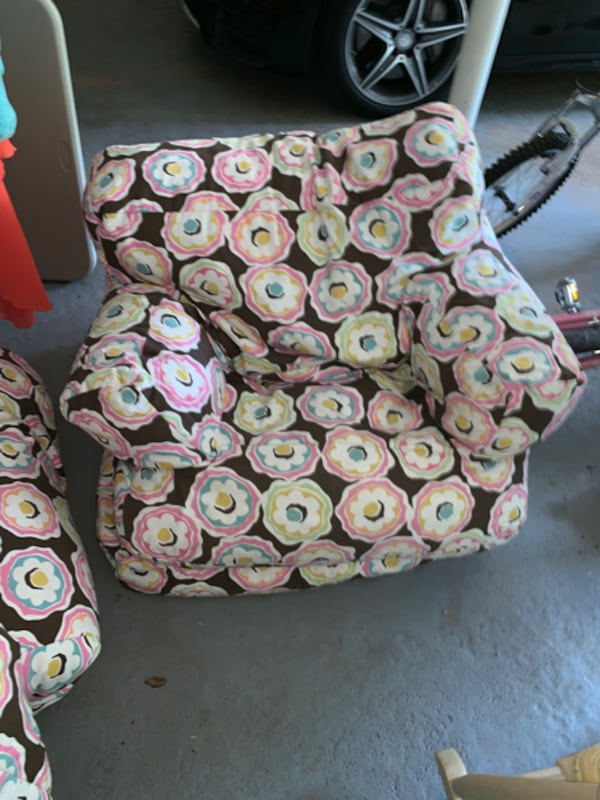 Used Bean Bag Chairs 3 For Sale In Short Hills Letgo