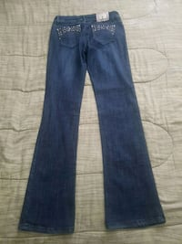 blue denim straight-cut jeans Coquitlam, V3K 3H3