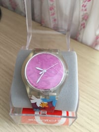 Swatch floating flower