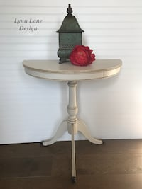 Entryway/ Console Table / End Table  Ellicott City, 21043