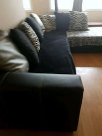 Sectional couch Edmonton, T5K