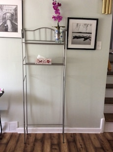 Shelve over the toilet