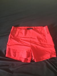 Red shorts Sudbury, P3C 2N4