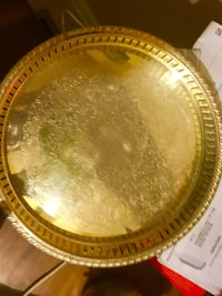 round gold-colored plate Edgerton, 43517