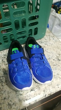 Under Armour sneakers kids size 13 Queens, 11693