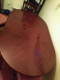 Great dinning room table with 4 wood chairs  Silver Spring, 20902