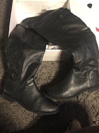 Spring Mainguy Tall Riding Boot. New in Box. Toronto, M6P 2E4