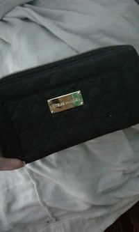 black Michael Kors leather wristlet Burnaby, V5B