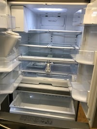 White top-mount refrigerator West Palm Beach, 33409