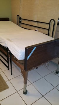 Hospital bed with remote control Miramar, 33027