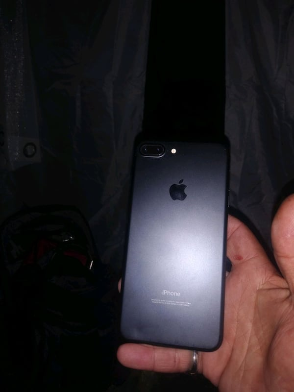 Iphone 7 plus brand new in perfect condition  75aaec28-8fca-431a-b7a0-fbf587b0c6f1