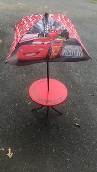 Cars patio table with umbrella Fredericksburg, 22406