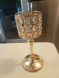 Gorgeous crystal candle holder.. Whitby, L1N 8X2