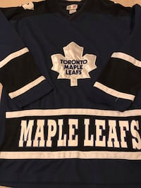Maple Leaf Jersey - XL