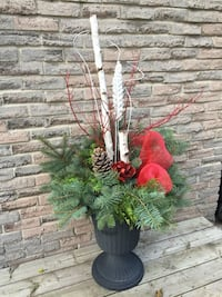 Christmas planter with stand  Mississauga, L4Y 2J3