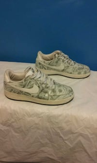 NIKE AIR FORCE 1 ONE SIZE 12 MONEY
