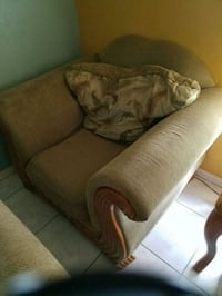 Love seat and chair Cape Coral, 33904