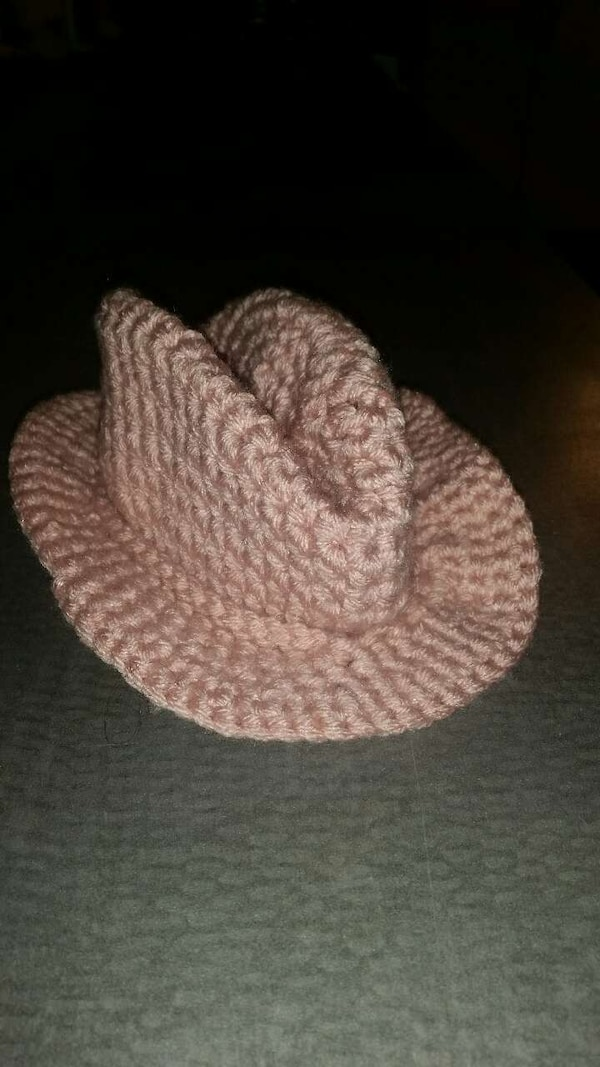 Used Crochet Classic Pink Cowboy Hat For Sale In Corpus Christi Letgo