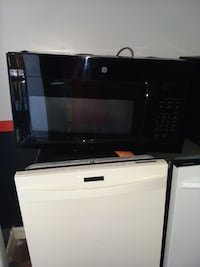 Ge microwave excellent condition