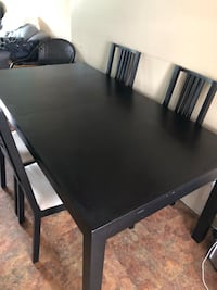 Kitchen table and chairs Edmonton, T5A 0X1