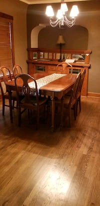 Dining Room Set Milwaukee